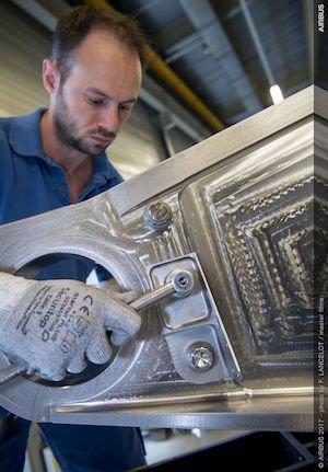 3D printed titanium bracket